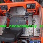 Amfibie Utilitara C580 H - Comenzi hidraulice Joystick integrate in manerele scaunului