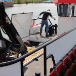 Conver C98 • Punte spatioasa cu macaraua si cabina amplasate babord