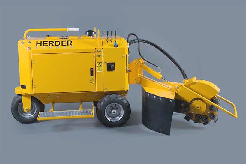 Distrugator buturugi si radacini autopropulsat • Herder-Fermex SCW-410H